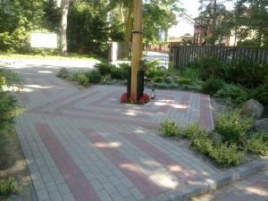 Realizacja placu wraz z nasadzeniami przy kościele MBCZ w Otwocku